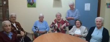 Photo de g. à d. Georges CATTIN 93 ans, Simone CATTIN 88 ans, Françoise ODIER 98 ans, Odette GALLET 88 ans, Marie-Louis CERINO 86 ans, Lucette MAUGER 87 ans et Madeleine FOURNIER 93 ans