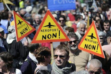 4802883_6_1bd1_manifestations-contre-le-projet-d-aeroport-de_64dce82c636a9996463163ecfbf197a8
