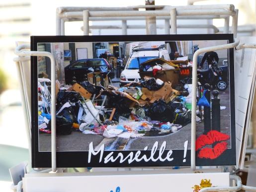 Verrier-Arnaud Busquet-Art-Verre-Artiste-Marseille-Panier_Clement ROUL-DR (2)